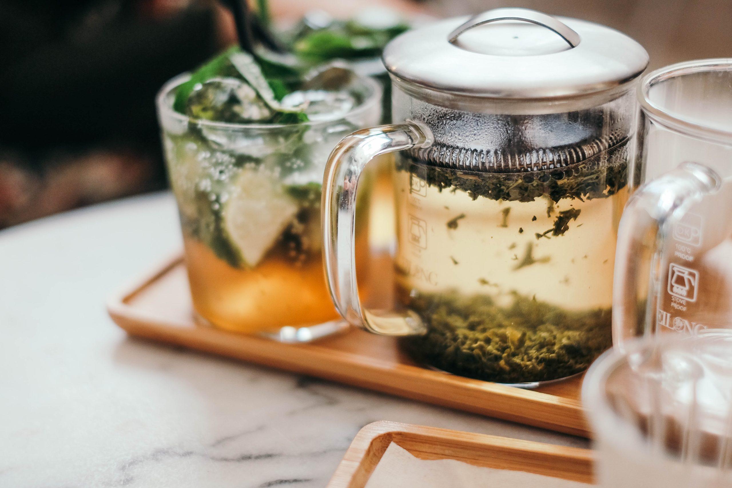 meditasi teh yang menyegarkan