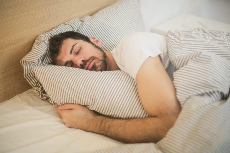 meditasi menigkatkan kualitas tidur