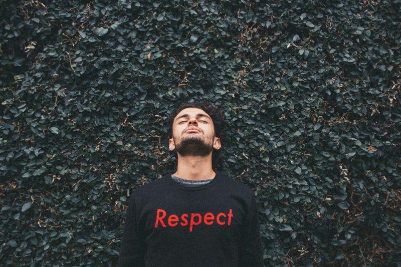 menghargai diri sendiri dan orang lain