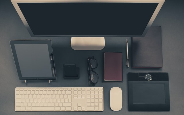 mengorganisir pekerjaan lewat meja kerja