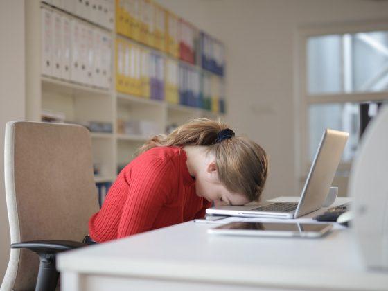 karyawan tidak produktif