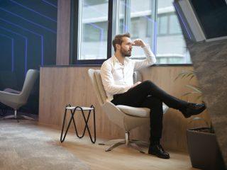 mengatasi overthinking karyawan