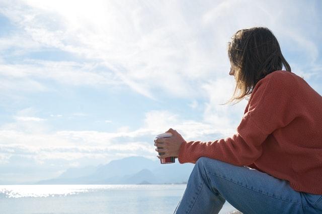 cara berhenti overthinking