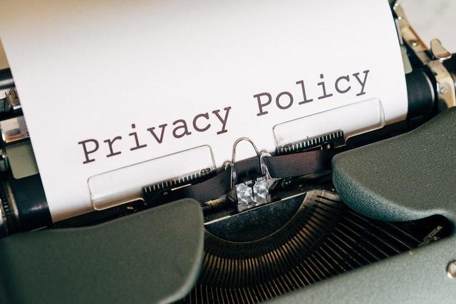 perhatikan kebijakan privasi di sosial media