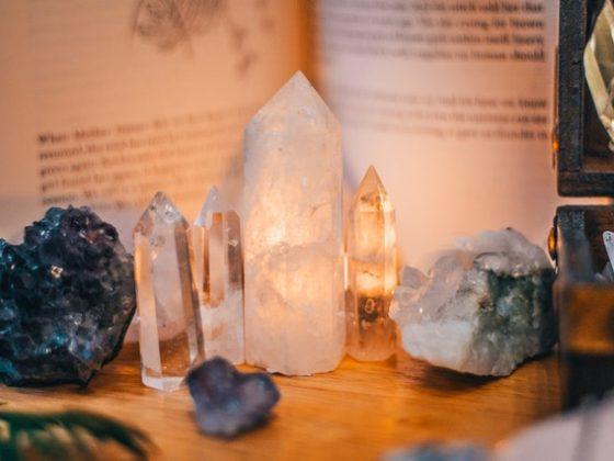 kristal yang meningkatkan mood